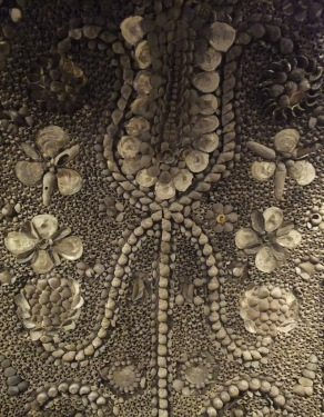 shell-grotto1