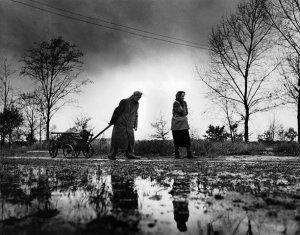 second-world-war-refugees-001